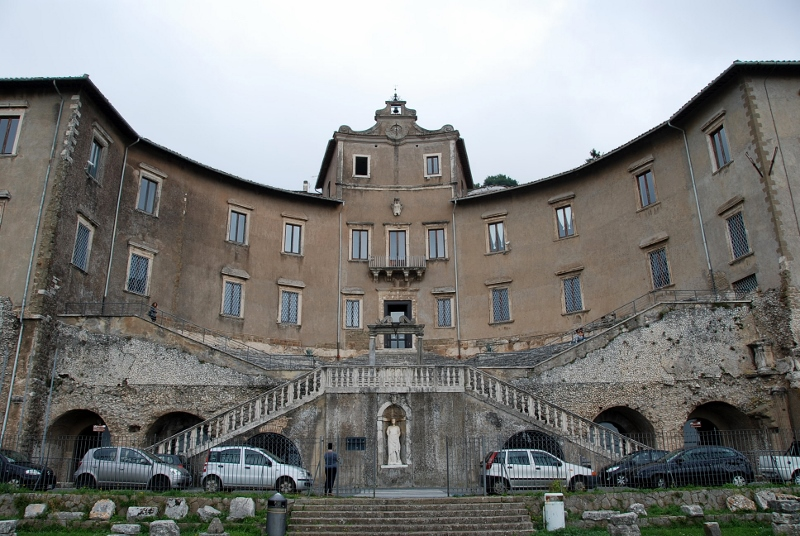 Front view of the Barberini -Colonna Palace