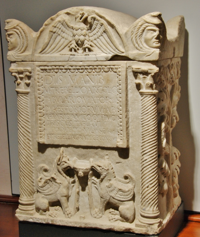 an archivist  funerary altar dedicated by his wife and a slave. IId. c. CE.